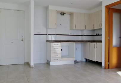 Apartment in calle Alacant, nº 8