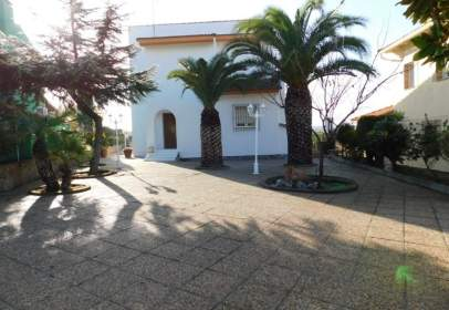 Chalet in Carranque