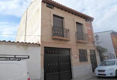 Flat in calle de Don Ángel, near Calle de la Libertad