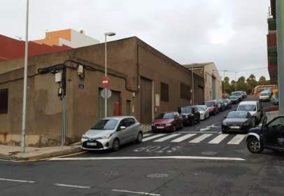 Industrial building in calle Cerrojillo, 15