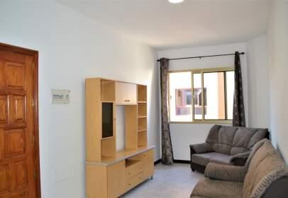 Flat in calle Marianela, nº 24