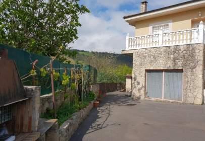Chalet pareado en calle Verdera