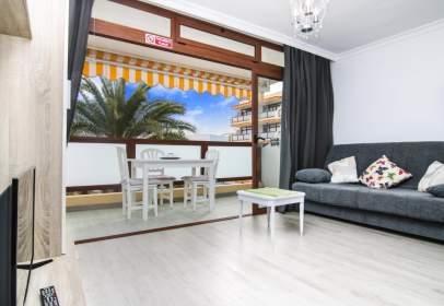 Apartment in Avenida de Alfereces Provisionales