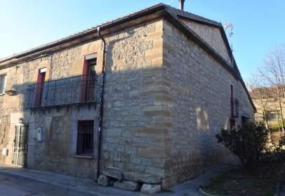 Casa adosada en calle de San Roque