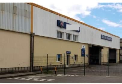 Industrial building in Polígono Porceyo