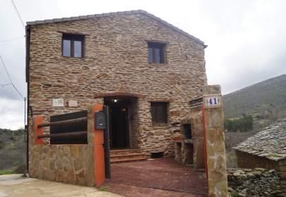 Casa en calle de la Fuente