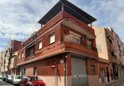Casa adosada en calle de María Auxiliadora, cerca de Calle de Tirant lo Blanc