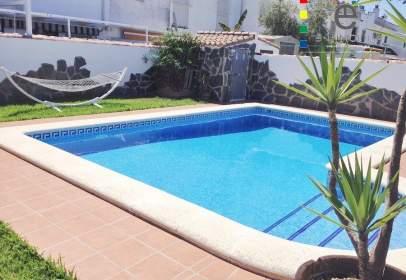 Casa unifamiliar en Chiclana de La Frontera - Playa La Barrosa - Zona los Gallos