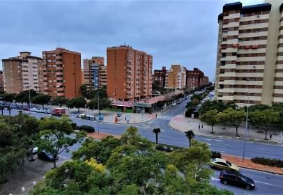 Pis a Avenida del Alcalde Lorenzo Carbonell
