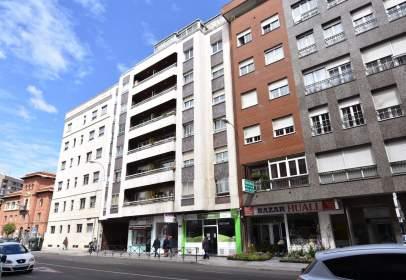 Piso en Avenida Álvaro López Núñez