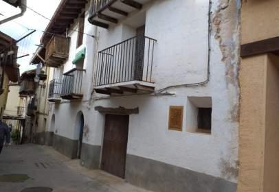 Casa pareada en Peñarroya de Tastavins