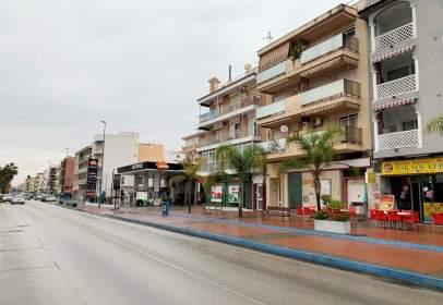 Local comercial a calle de Almería, nº 12