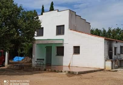 Casa rústica a calle Tv-7222