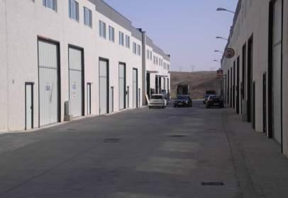 Nave industrial en Travesía Moreras