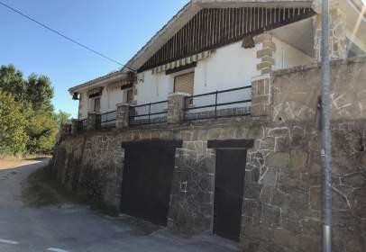Chalet en calle Paseo Osabidea, nº 1