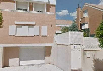 Casa aparellada a calle calle Azorín, nº 52