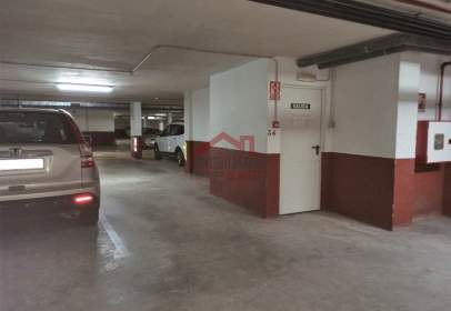Garatge a Avenida de San Francisco de Asís