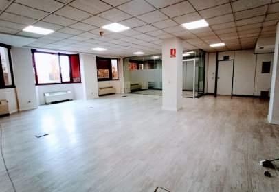 Office in Carretera Vía de las Dos Castillas, nº 9