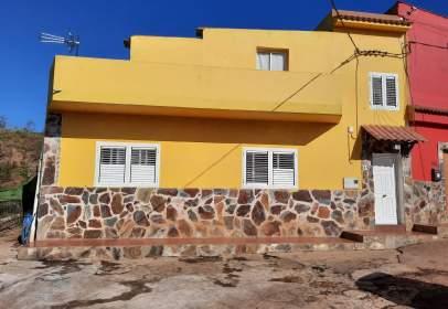 House in calle Carretera A Santa Cristina