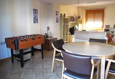 Duplex in calle de Fuente Cisneros, 34