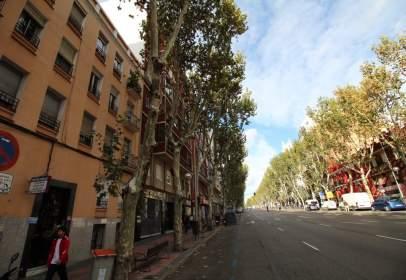 Pis a Paseo de las Delicias, prop de Calle de Tomás Bretón