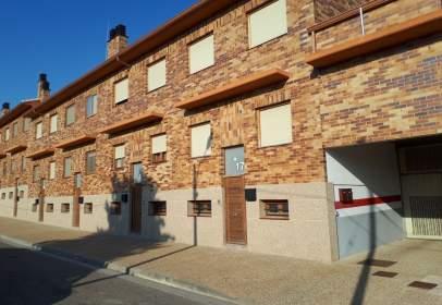 Piso en Zaragoza Capital - Santa Isabel - Movera