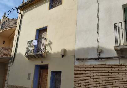 House in La Puebla de Híjar