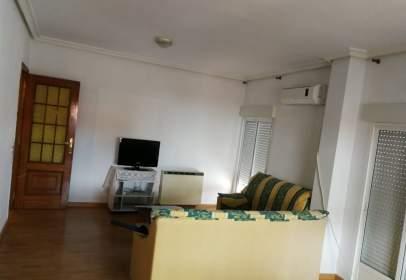 Duplex in calle de Pedro Isidro