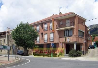 House in Avenida de Gredos, nº 58