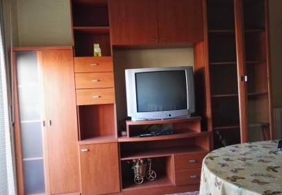 Flat in calle Cardenal Marcelo Spinola