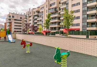 Flat in calle de Luis García Berlanga, 1