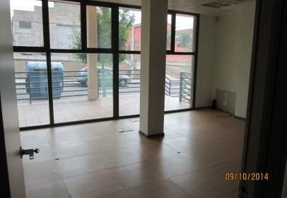 Commercial space in Avenida Vía de la Plata, nº 31