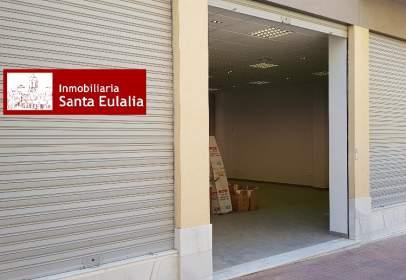 Local comercial en calle Canovas del Castillo