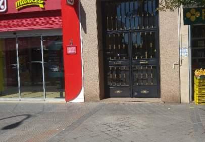 Pis a Avenida de Abrantes, prop de Calle del Chimbo