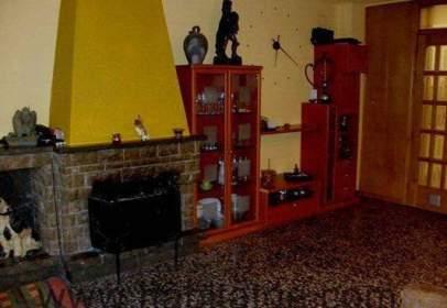 Casa en calle Doctor Candi Bayés