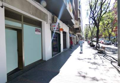 Local comercial en Zona Avda. Catalunya
