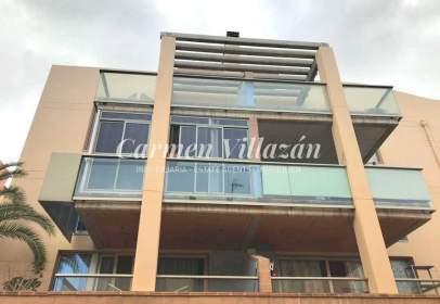 Apartamento en calle Escanfraga