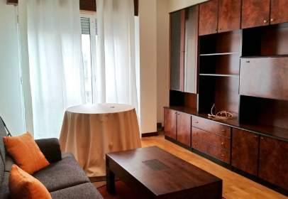 Apartament a calle Avda Navarra