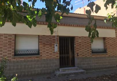 House in calle Pobla