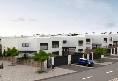Casa adosada en calle de Huelva, nº 4