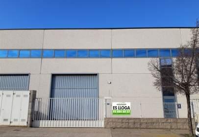 Nau industrial a Caputxins-Santa Clara-Hospital