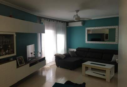 Apartment in Avinguda de Jaime Chicharro, near Avinguda Mediterrània