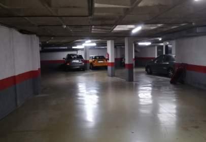 Garatge a Carretera Reial