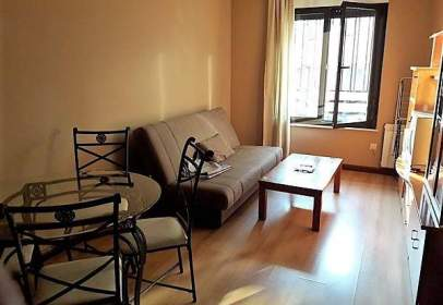 Apartment in Villares de La Reina