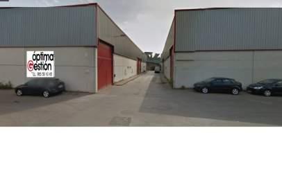 Nau industrial a Logrezana