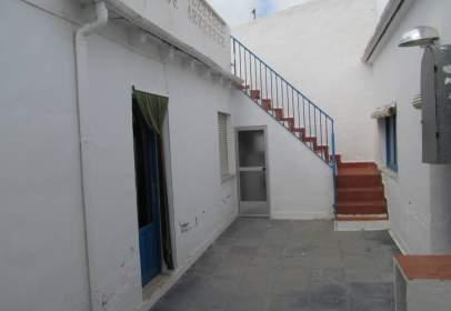 Casa adosada en calle Virgen de Guadalupe