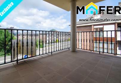 Flat in calle Urb. Camino Real, nº 1