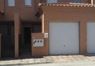 Casa adosada en calle Greco