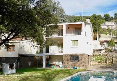 Casa en calle El Serrat, nº 33