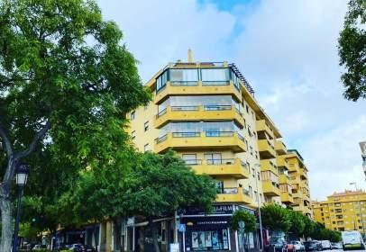 Local comercial a calle Palencia